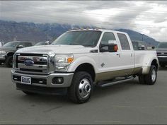 2012 Ford F-350 Crew Cab, 4WD, dually, 6.7L Turbocharge diesel