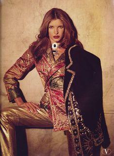 Valentino 1992 | barbiescanner | Flickr Stephanie Seymour, 90s Models, Princess Caroline, Celebrity Photos, Instagram Fashion, Sneakers Fashion, Supermodels, High Fashion, Valentino
