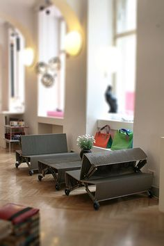 "Rolltreppentisch und Bank ""de_escalator"" Upcycling Design, Table"