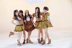 Yuuhi wo miteiru ka? Shinta Naomi, Natalia, Rona Anggreani, Shania Junianatha, Ratu Vienny Fitrilya #JKT48 #AKB48