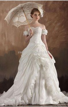 Vintage Gothic Wedding Dresses Strapless Ball Gown, Lace Appliques Sequin Handmade Flowers And Ruffles Chapel Train Bridal Gown Online Steampunk Wedding Dress, Gothic Wedding, Bling Wedding, Trendy Wedding, Victorian Wedding Dresses, Style Steampunk, Medieval Wedding, Vintage Lace Weddings, Vintage Dresses