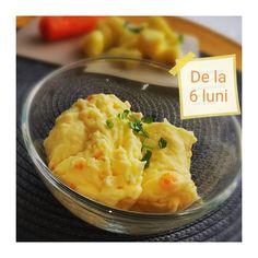 🥔🥕🧀 Piure de cartofi cu morcov și branzica de casa 🥔🥕🧀 🔸Se curata un cartof și jumătate de morcov. 🔸Tăiem cartoful cuburi. Morcovul îl putem tăia în 2 bucăți. 🔸Punem legumele la fiert. Adaugam si puțin ulei de măsline în apa în care fierb legumele. 🔸Când legumele sunt moi le punem într-un castronel și le pasam. Adaugam si o lingura de branzica de casa. Amestecam bine. Prânzul este gata. Pofta bună! . . . #retetesanatoase #reteteculinare #retetesimple #mancare #mancaresanatoasa… Risotto, Macaroni And Cheese, Ethnic Recipes, Instagram, Food, Food Food, Mac And Cheese, Essen, Meals
