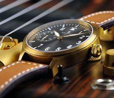 STEINHART Nav B-Uhr 44 handwinding, bronze