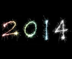 Municipalitatea invită piteștenii să întâmpinăm noul an 2014 împreună, în Piața Primăriei Municipiului Pitești. Începand cu ora 23,00 a zilei de 31 decembrie 2013 vor susține recitaluri SANDRA N. și TALISMAN, iar intrarea in noul an 2014 va fi sărbătorită cu focuri de artificii. Pentru cei prezenți în Piața Primăriei Municipiului Pitești, municipalitatea are pregatite peste 500 de sticle de șampanie, potrivit tradiției din ultimii ani.