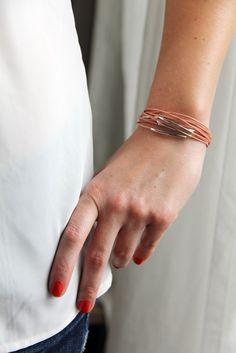 Image of Bracelet multi-liens roses/argentés.