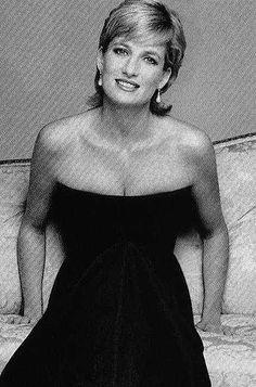Diana.....she really was a natural beauty!