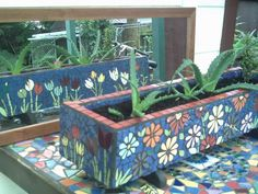 tiled planter~~~a great winter project to have something new to place in the garden come spring!