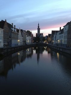 Wonderful Brugge http://www.travelandtransitions.com/european-travel/