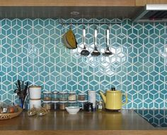 Geometric tiles, in a white and maple kitchen could these be a good splashback b. Geometric tiles, in a white and maple kitchen could these be a good splashback behind the hob if they were in white? Maple Kitchen, New Kitchen, Funky Kitchen, Kitchen Living, Living Room, Warm Kitchen, Eclectic Kitchen, Condo Kitchen, Stylish Kitchen