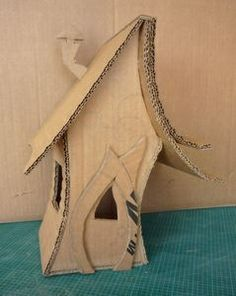 Craft paper mache fairy houses 27 Ideas for 2019 - Craft paper mache fairy houses 27 Ideas for 2019 The Effective Pictures We Offer You About children - Cardboard Crafts, Clay Crafts, Paper Crafts, Paper Mache Crafts For Kids, Fairy Crafts, Paper Houses, Cardboard Houses, Glitter Houses, Fairy Doors