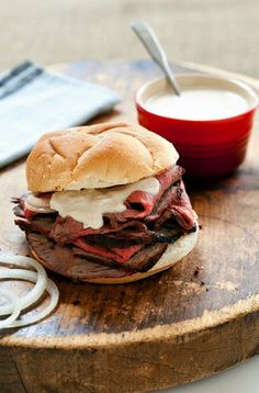 Cajun Roast Beef Sandwich with Horseradish Sauce! Deliciously simple and wowsa! Love the POP of flavor from the sauce and cajun seasoning!