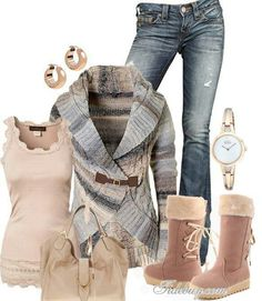 Love it this sweater looks warm and cozy for this winter