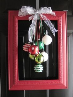 Door Decorations Christmas Diy Holidays 50 Ideas For 2019 Noel Christmas, Winter Christmas, All Things Christmas, Christmas Balls, Simple Christmas, Christmas Ornaments, Angel Ornaments, Hanging Ornaments, Glass Ornaments