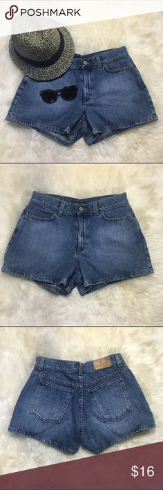 "J Crew Jean Shorts Dress these J Crew shorts up or down. Great color, no distressing, perfect condition!  •28"" waist • 13"" length J. Crew Shorts Jean Shorts"