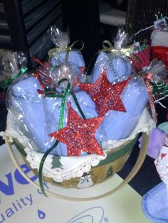A basket of basic packages that I made up for a vendor show at christmas