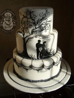 Natalie Madison's Artisan Cakes Natalie Madison's Artisan Cakes – Little Rock Arkansas Cakes, a handpainted bride and groom scene with black pearl borders and scalloped chandelier work. Amazing Wedding Cakes, Unique Wedding Cakes, Wedding Cake Designs, Wedding Cake Toppers, Black And White Wedding Cake, White Wedding Cakes, Gorgeous Cakes, Pretty Cakes, Silhouette Cake