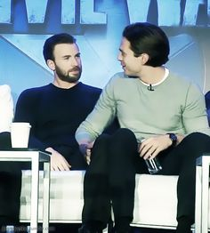 ok i want an explanation for this pic. why is seb's hand on chris' thigh? what is going onnnn