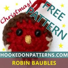 Free Crochet Pattern for Christmas Tree Baubles - A crochet pattern for Robin Christmas tree baubles. Perfect for last minute decorations this Xmas! Crochet Ornament Patterns, Crochet Ornaments, Crochet Crafts, Crochet Patterns, Crochet Ideas, Crochet Robin, Free Crochet, Knit Crochet, Christmas Tree Baubles