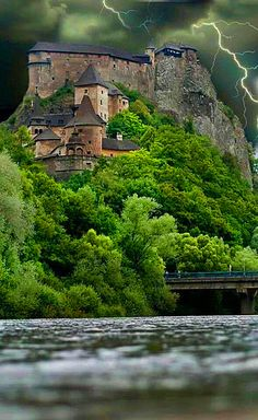 Orava Castle s situated on a high rock above Orava river in the village of Oravský Podzámok, Slovakia. It is considered to be one of the most beautiful castles in Slovakia. The castle was built in the Kingdom of Hungary in the thirteenth century. Beautiful Castles, Beautiful Places, Beautiful Pictures, Places Around The World, The Places Youll Go, Around The Worlds, Chateau Medieval, Medieval Castle, Photo Chateau