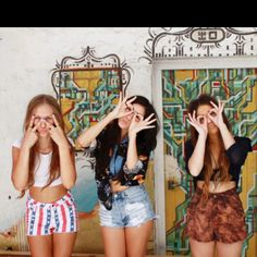 Best friends photo. See no evil, hear no evil, speak no evil would be a cute twist on this.