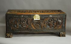 large-superbly-carved-chinese-camphor-wood-chest.jpg (1880×1170)