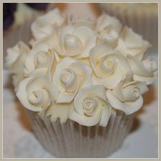 Vanilla White Rose Bouquet Cupcake, elegant and gorgeous
