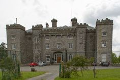 Slane Castle in Ireland is located northwest of Dublin in County Meath. The castle overlooks the beautiful Boyne River from the 1500-acre estate.