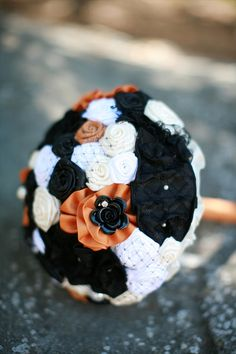 halloween wedding bouquet orange and black 2