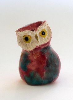 Owl Ceramic Figurine Raspberry and Teal glaze di HystericOwl