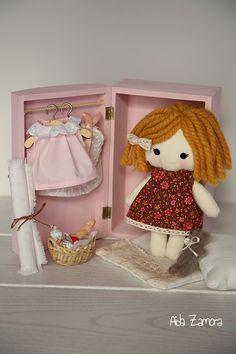 Aida Zamora - Art for kids. Handmade custom doll. Muñeca de trapo personalizada y hecha a mano.
