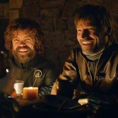 Peter Dinklage (Tyrion Lannister) and Nikolaj Coster-Waldau (Jaime Lannister) in Game of Thrones (HBO Series Game Of Thrones Tyrion, Arte Game Of Thrones, Game Of Thrones Facts, Game Of Thrones Quotes, Winter Is Here, Winter Is Coming, Ramsey Bolton, Serie Got, Cersei And Jaime