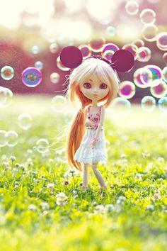 A thousand bubbles