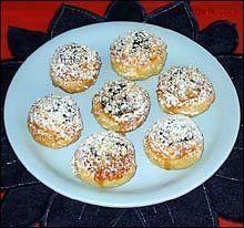 Moravské svatební kolačky (malinké) recept - Labužník.cz Czech Recipes, Muffin, Bread, Breakfast, Sweet, Buns, Food, Morning Coffee, Candy