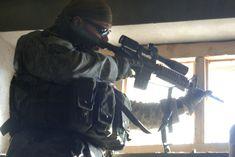 World's longest sniper kill - 2.47km twice! Craig Harrison, Sniper Training, Military History, Police, World, Style, Drawings Pinterest, Swag, The World