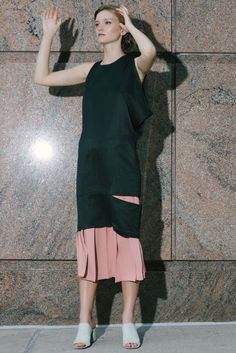 Nomia Resort 2017 Fashion Show Collection