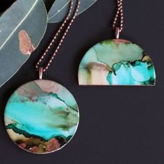 These striking pendants are made from original alcohol ink artworks set in resin by #madeitmaker Kkymco Handmade 🐨😍 ~*~ #handmadejewellery #handcraftedjewellery #handmademovement #handmadeisbetter #makersvillage #makersgonnamake #resinjewellery #alcoholink #gumleaf #rivergum Handmade Jewellery, Handcrafted Jewelry, Earrings Handmade, Handmade Items, Unique Jewelry, Light Well, Alcohol Ink Art, Resin Pendant, Resin Jewelry