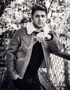 Unseen of Niall for his billboard shoot.