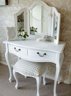 £239.95 Classic White Range - Dressing Table with Stool and Triple Mirror