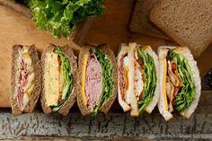 """スタバに「バナナ&ベーコンサンドイッチ」など""""アメリカンスタイル""""の新作サンドイッチ5種"""