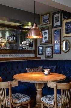 The Three Crowns Pub Interior, English Interior, Cafe Interior Design, Pub Design, Restaurant Design, Diy Corner Shelf, Pub Decor, Home Decor, Cozy Coffee Shop