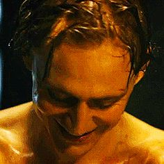 tom hiddleston | Tumblr