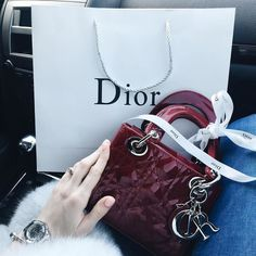 c699d2e579d 576 Best Lady Dior images in 2019 | Dior handbags, Purses, handbags ...
