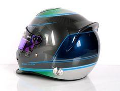 #helmade #paintwork #race on a #bell #gp3 #motorsport #helmet. Design your own on www.helmade.com #motorsport #carracing #racing #handpainted #customhelmet #helmetporn #gradient