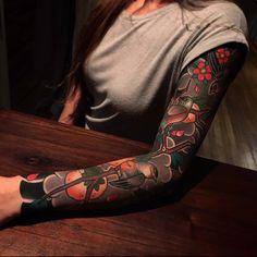Sleeve tattoo by ian det ian_ildet from buenos aires argentina txttoo argentinatattoo tattooargentina buenosairestattoo sleevetattoo japantattoo legtattoo super tattoo girl asian full body ideas tattoo Thai Tattoo, Tattoo On, Cover Tattoo, Arm Band Tattoo, Tattoo Sleeve Cover Up, Japanese Sleeve Tattoos, Full Sleeve Tattoos, Sleeve Tattoos For Women, Tattoo Sleeve Designs