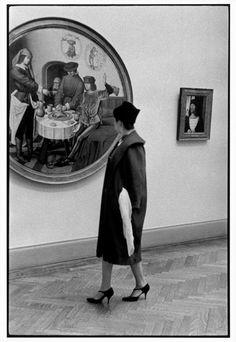 Inge Morath USA. New York City. 1958. Inside the Metropolitan Museum of Art.