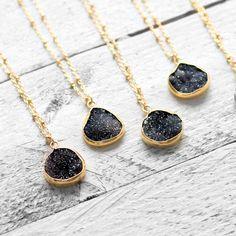 BLACK DRUZY DROP Halskette mit schwarzer Achatgeode | gold