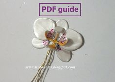 A step-by-step tutorial on how to make an orchid from wire and nail polish PART 2 There is a total of four parts. This is ONLY the SECOND one. In this guide we show you how to apply the nail polish and assemble the petals of the orchid. Nail Polish Flowers, Nail Polish Jewelry, Nail Polish Art, Wire Crafts, Diy And Crafts, Wire Flowers, Wire Trees, Diy Jewelry Making, Flower Making