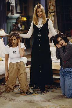 rachel #phoebe & monica #90s