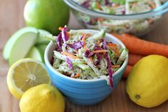 I don't like coleslaw, but.Apple and Poppy Seed Coleslaw - Damn Delicious Easter Side Dishes, Cooking Recipes, Healthy Recipes, Yummy Recipes, Vegetarian Recipes, Cabbage Recipes, Summer Salads, Side Dish Recipes, Soup And Salad