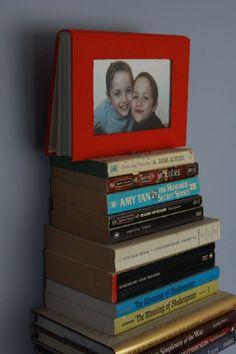 boek wordt fotokader. pagina met instructies
